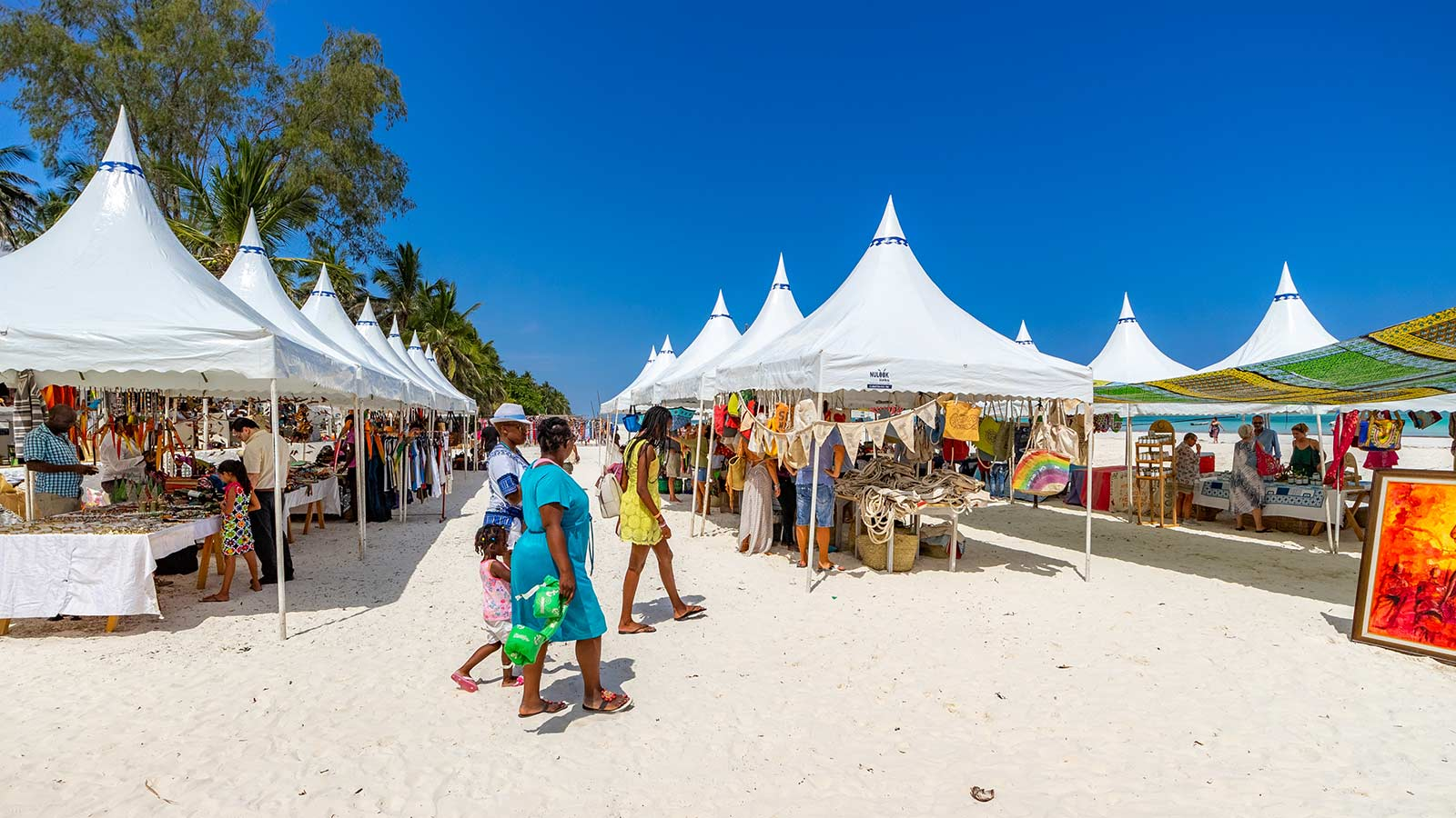 Nomad Christmas Craft Fair Diani Beach Kenya