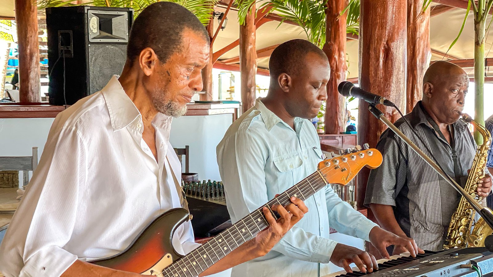 Jazz Trio at Nomad Beach Bar & Restaurant